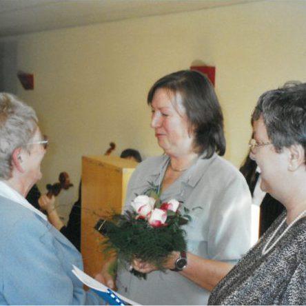 Marion Brückmann und Regina Zube zeichnen verdienstvolle Ehrenamtlerinnen aus